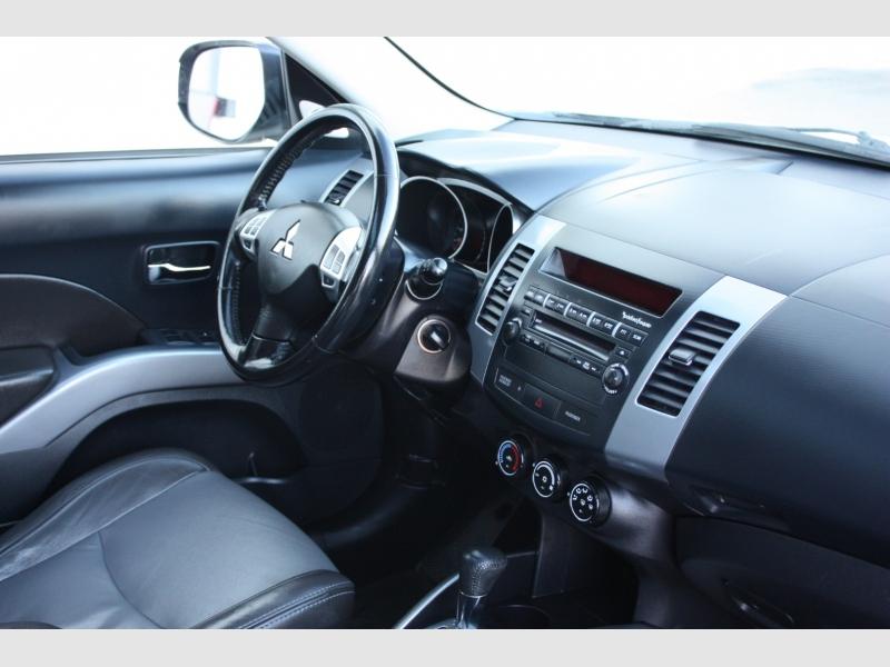 Mitsubishi Outlander 2010 price $9,800