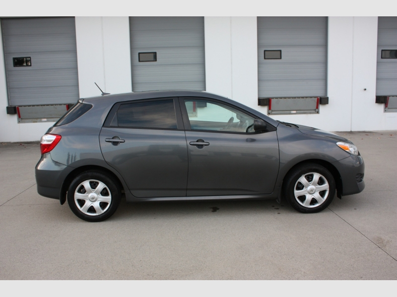 Toyota Matrix 2010 price $3,999