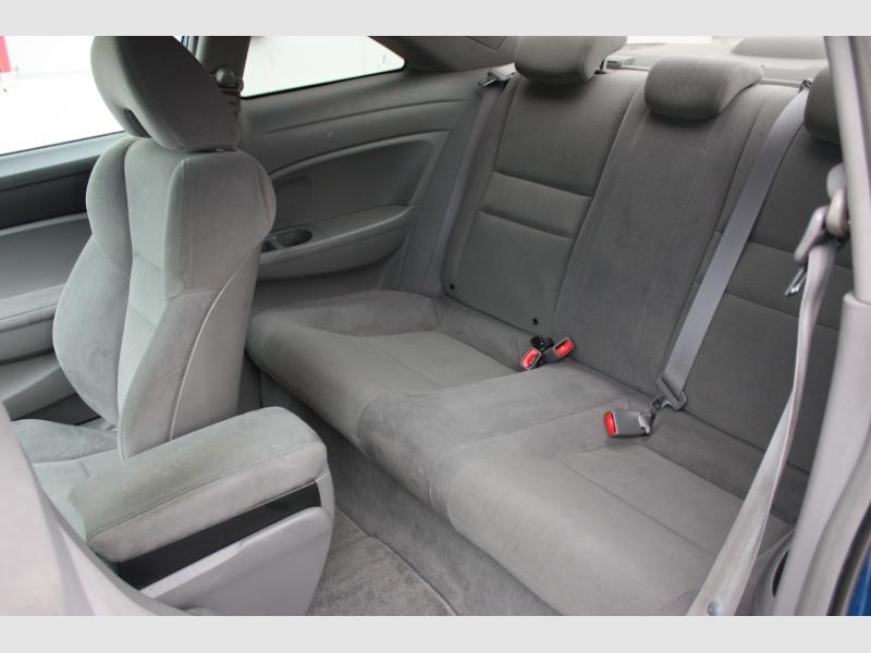 Honda Civic Cpe 2010 price $6,999