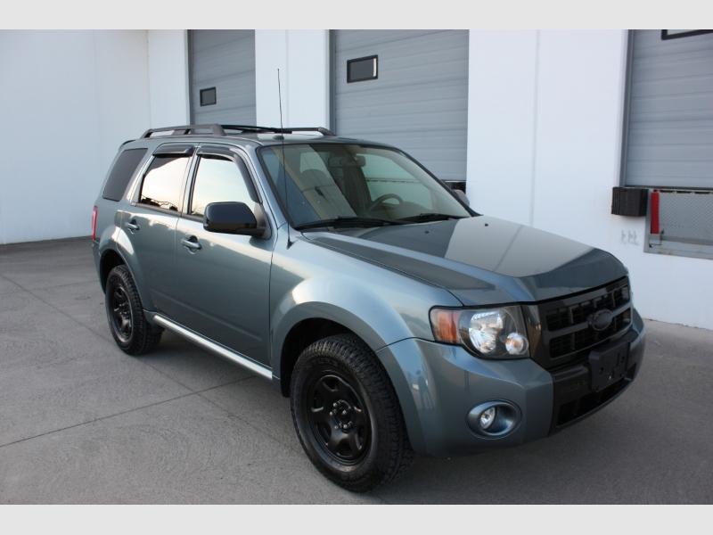 Ford Escape 2011 price $6,800