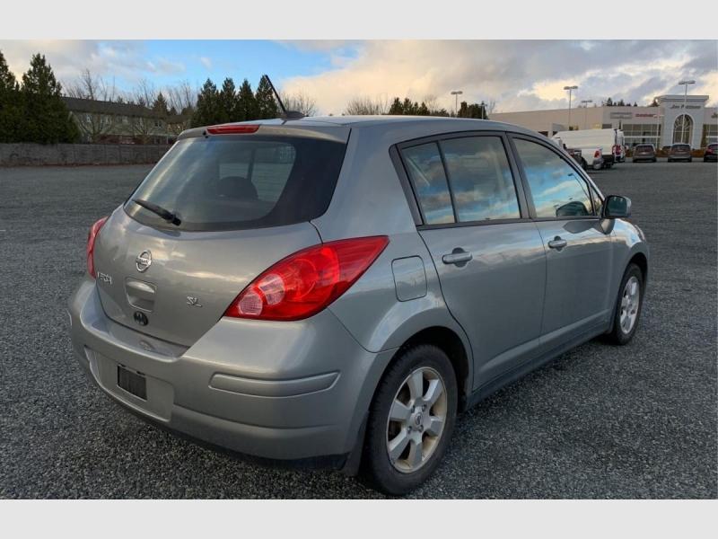 Nissan Versa 2009 price $3,999