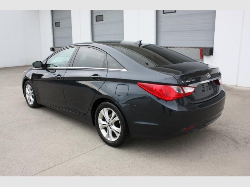 Hyundai Sonata 2011 price $6,999
