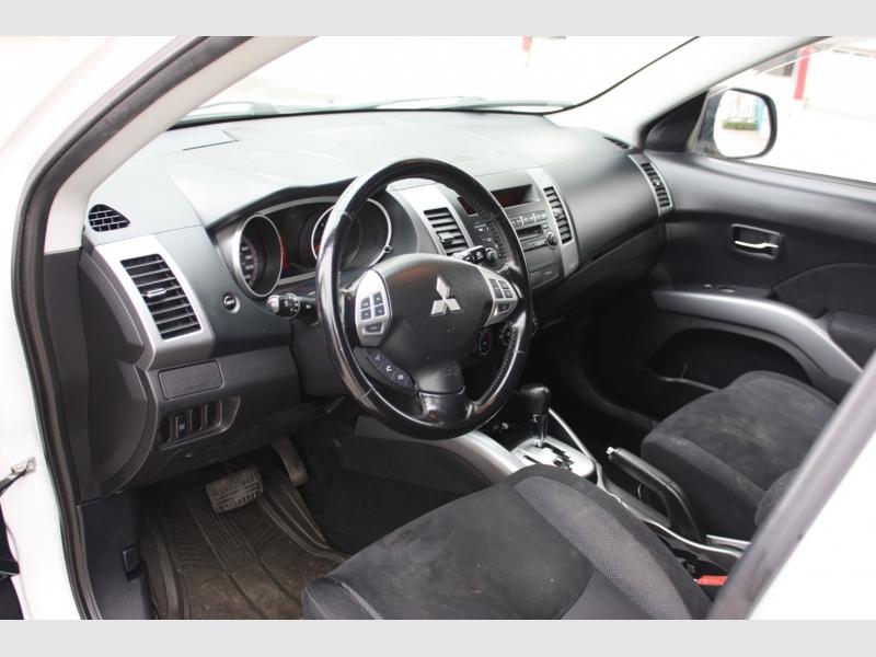 Mitsubishi Outlander 2009 price $7,990