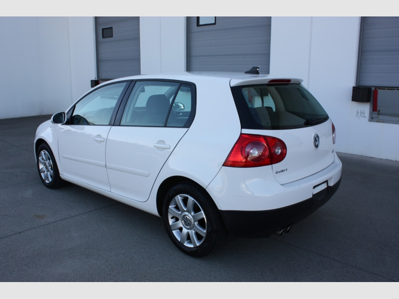 Volkswagen Rabbit 2008 price $6,800