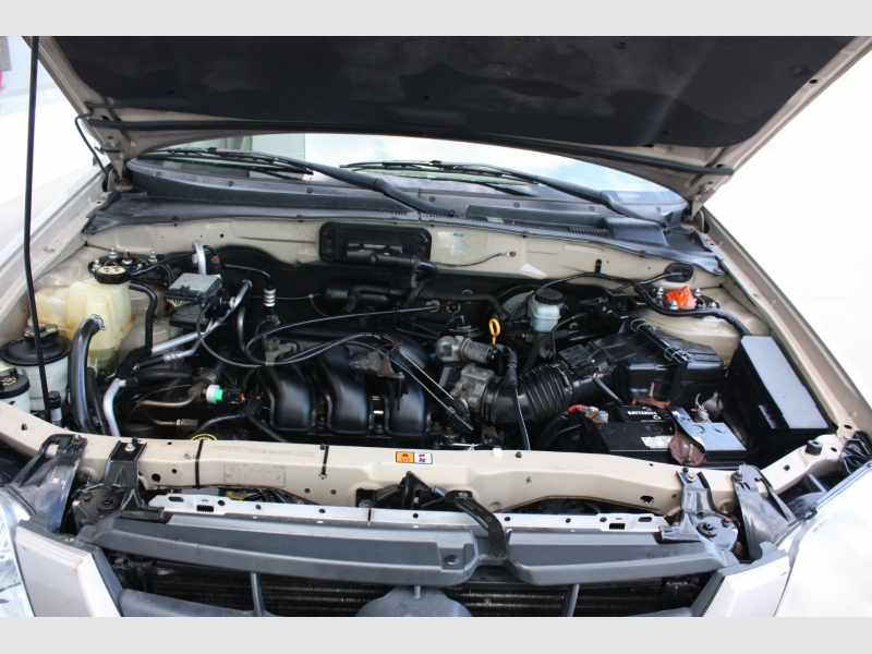 Mazda Tribute SUV 2001 price $2,999