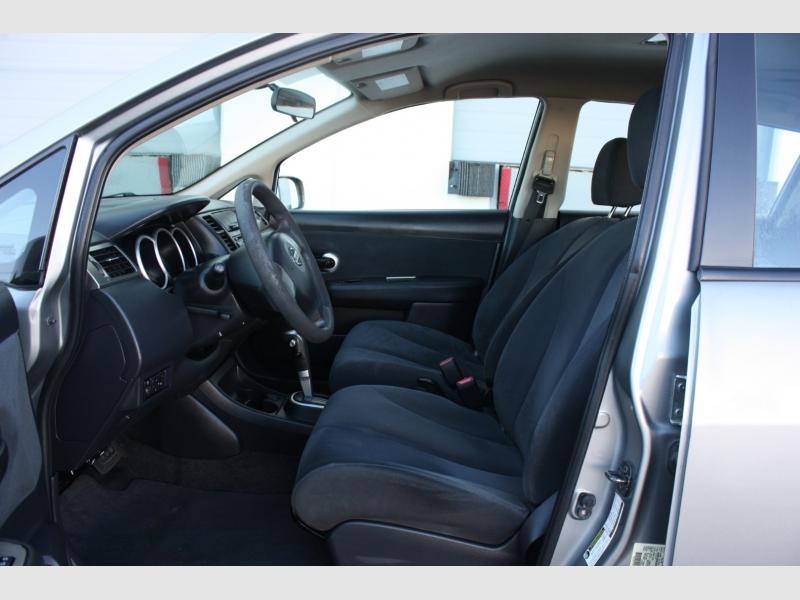 Nissan Versa 2009 price $5,999