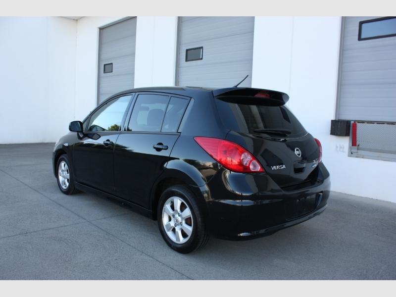 Nissan Versa 2010 price $4,999