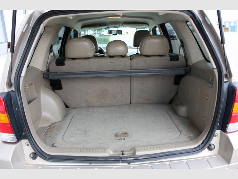 Ford Escape 2007 price $4,500