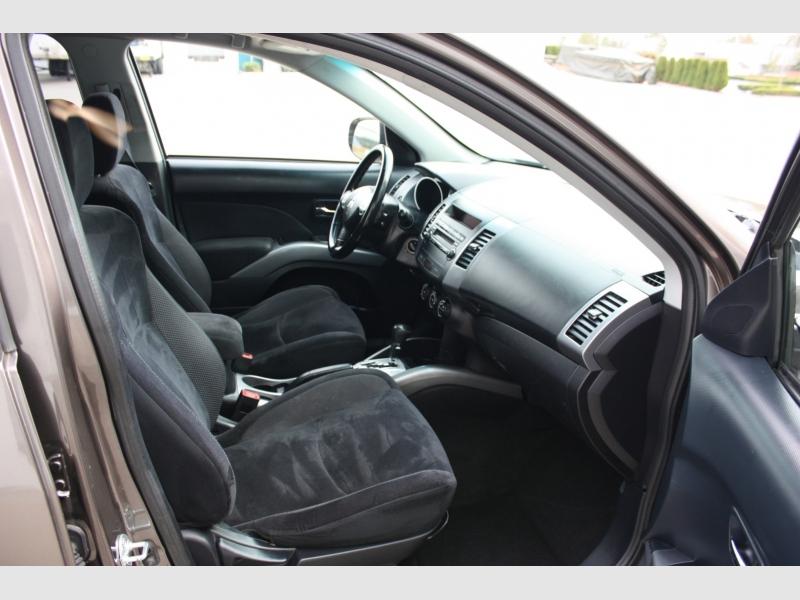 Mitsubishi Outlander 2010 price $7,400