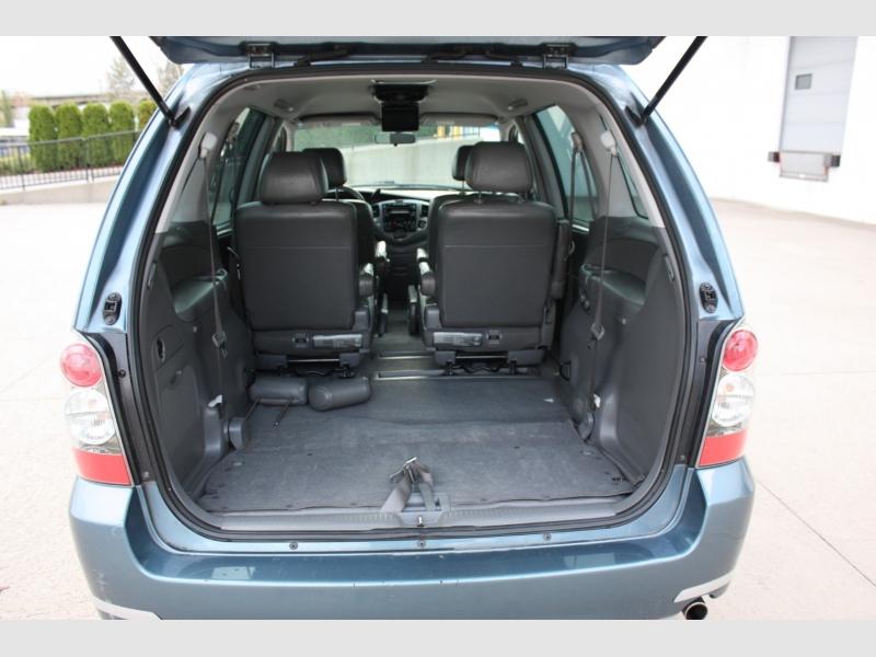 Mazda MPV 2004 price $4,999