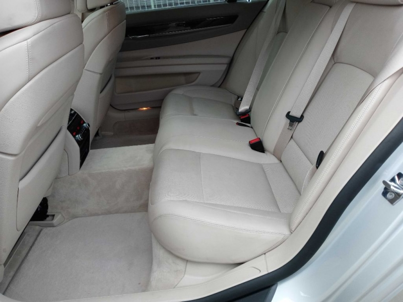BMW 750 2009 price $19,995