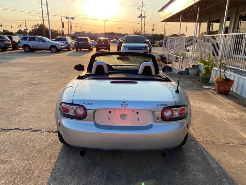MAZDA MX-5 MIATA 2007 price $7,995