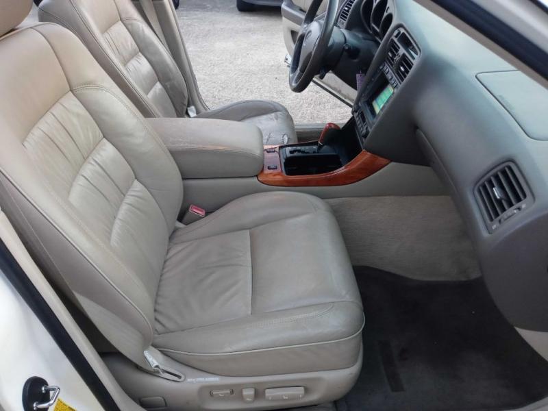 LEXUS GS 1998 price $4,995