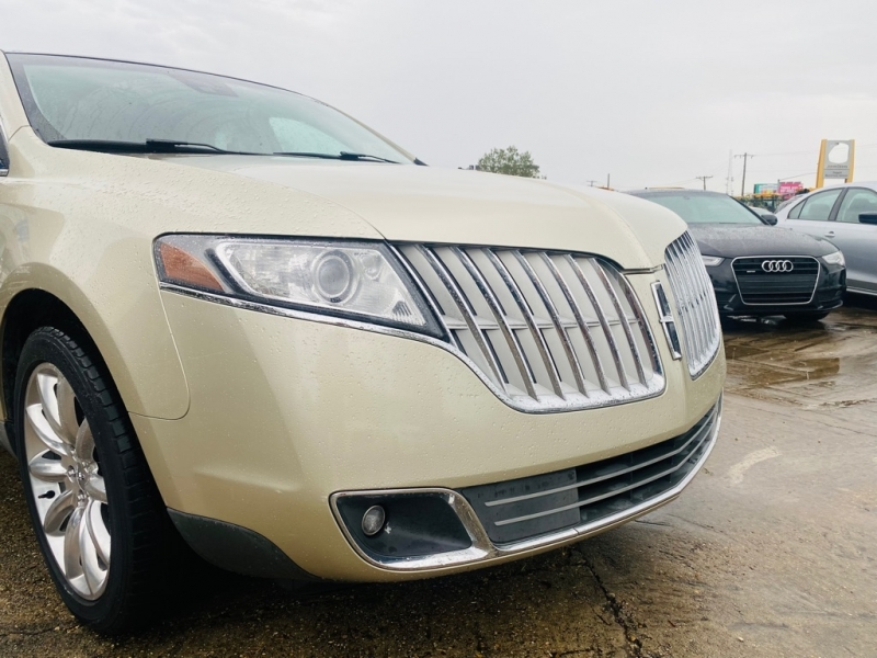 LINCOLN MKT 2010 price $12,995