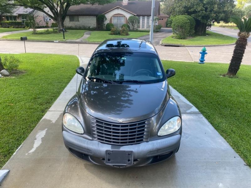 Chrysler PT Cruiser 2002 price $2,999