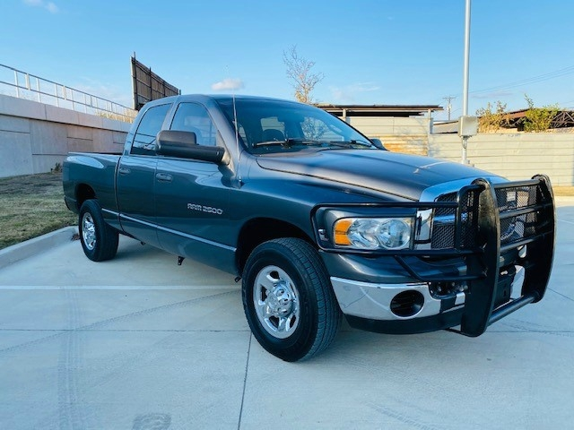 Dodge Ram 2500 2004 price $11,995