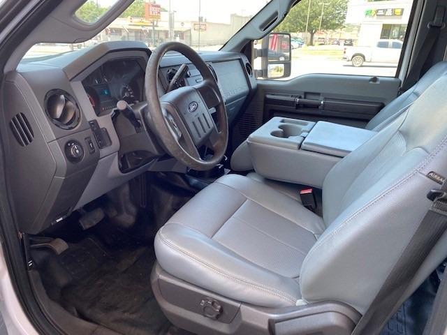Ford Super Duty F-250 2013 price $17,900