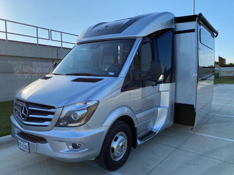 Leisure Travel Van Unity Flex 2018 price $189,995