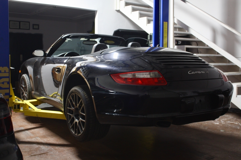 Porsche 911 2007 price $38,500