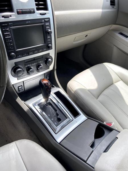 Chrysler 300 2007 price $1,995