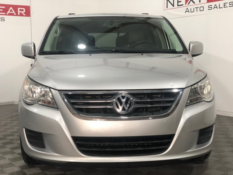 VOLKSWAGEN ROUTAN 2011 price $4,999