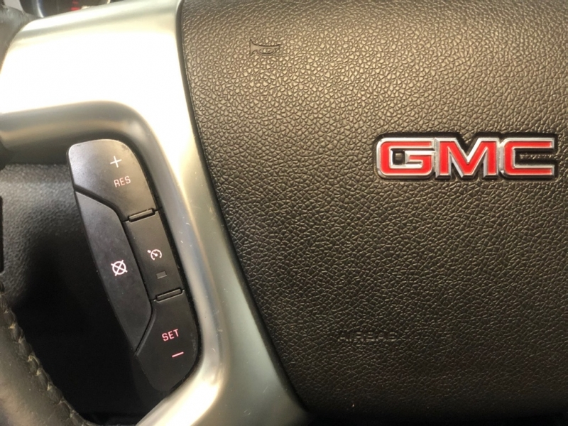GMC ACADIA 2013 price $12,399