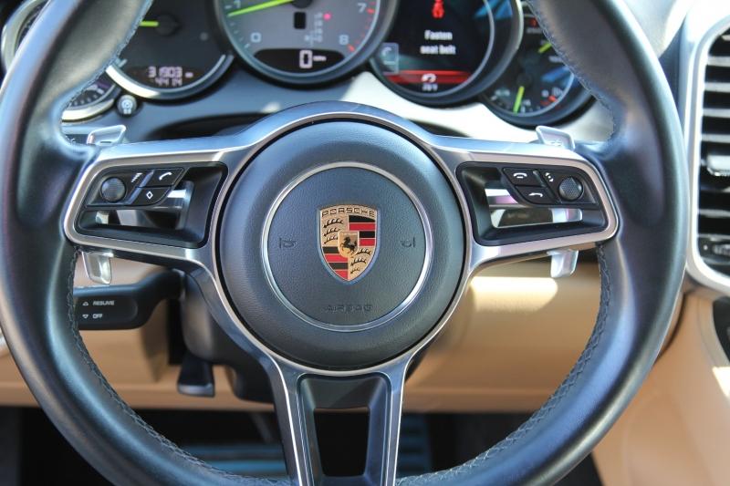 Porsche Cayenne 2016 price $40,855