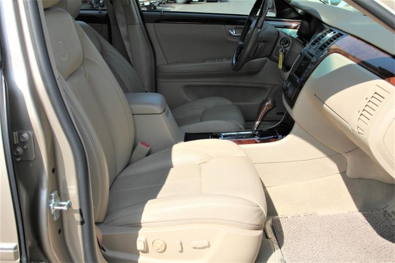 Cadillac DTS 2006 price $9,555