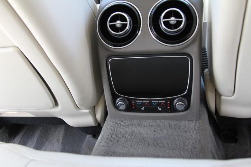 Jaguar XJ 2015 price $25,855