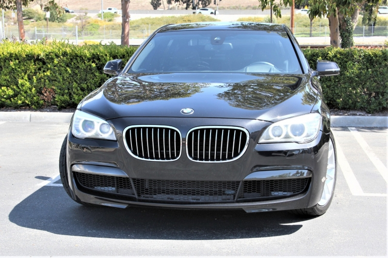 BMW 7-Series 2013 price $18,855