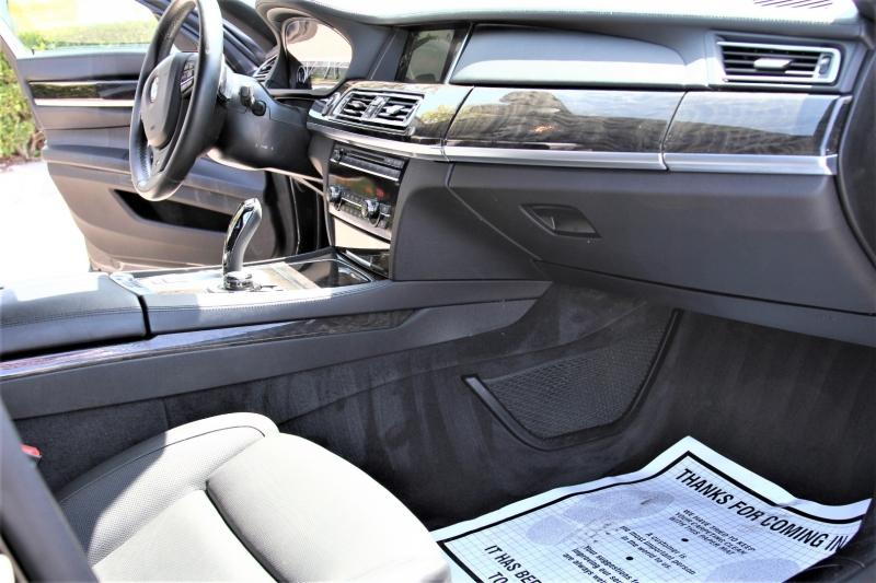 BMW 7-Series 2013 price $18,855