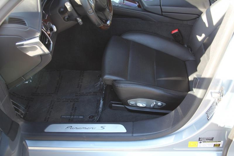 Porsche Panamera 2014 price $46,955