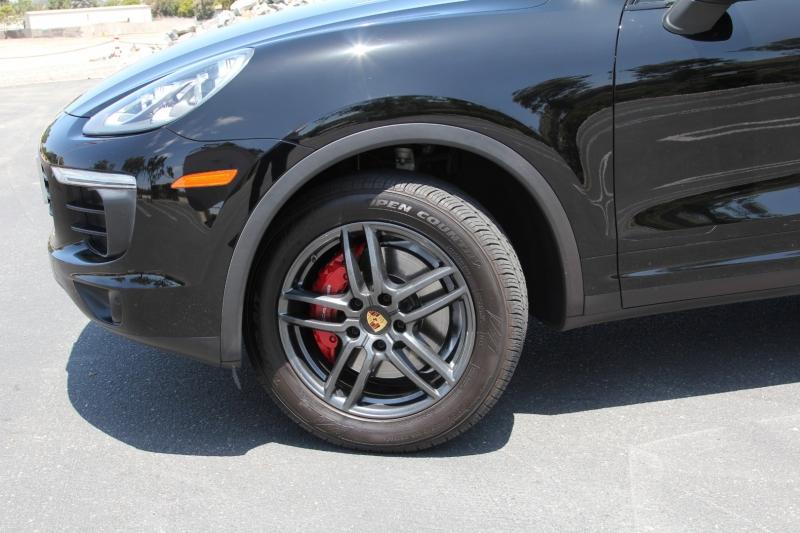 Porsche Cayenne 2016 price $37,855