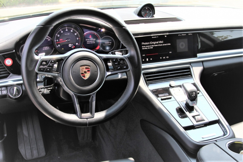 Porsche Panamera 2017 price $73,955