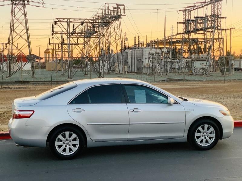 Toyota Camry Hybrid 2007 price $6,495