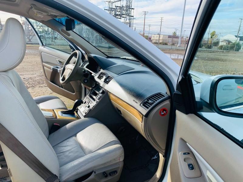 Volvo XC90 2008 price $4,995