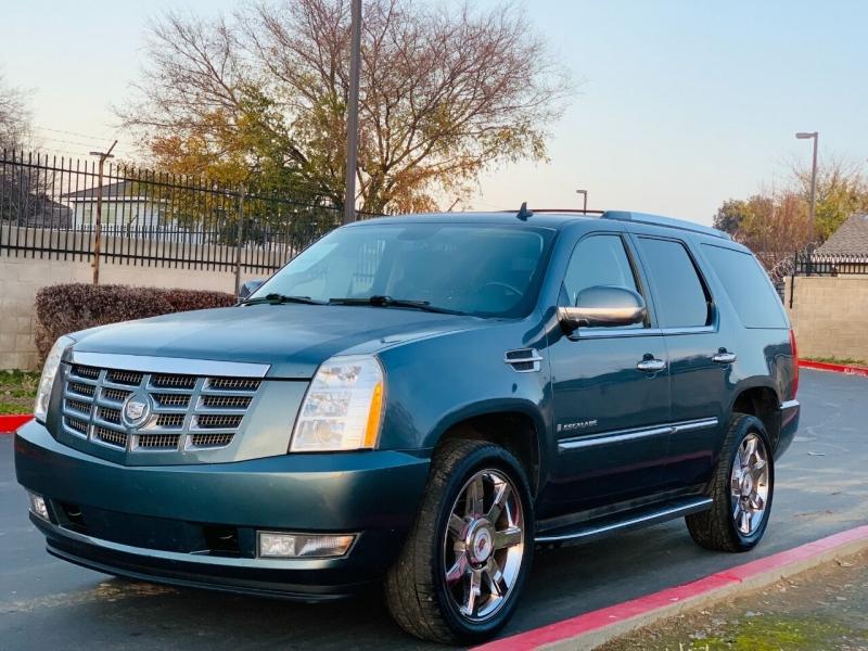 Cadillac Escalade 2009 price $9,995