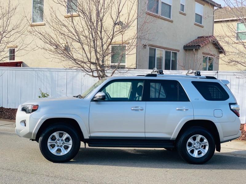 Toyota 4Runner 2019 price $36,995