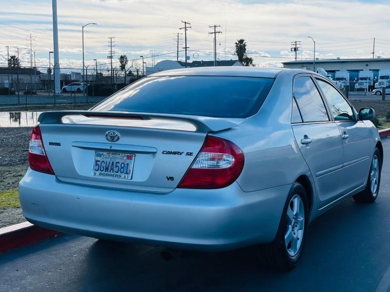 Toyota Camry 2004 price $3,995