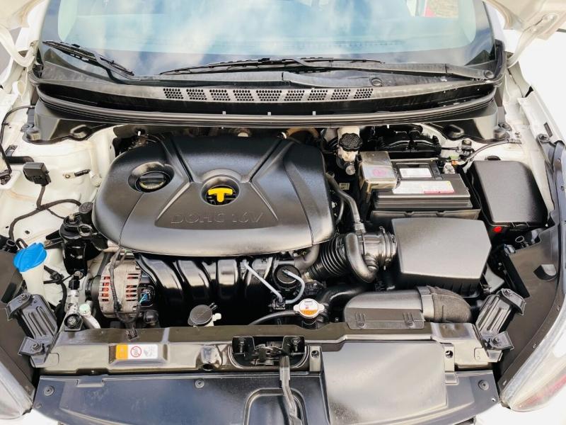 Hyundai Elantra 2015 price $5,995