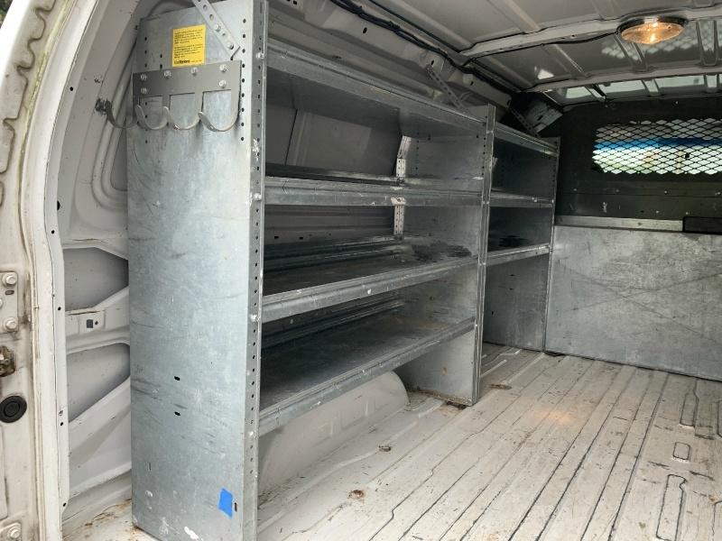 Ford Econoline Cargo Van 2006 price $9,980