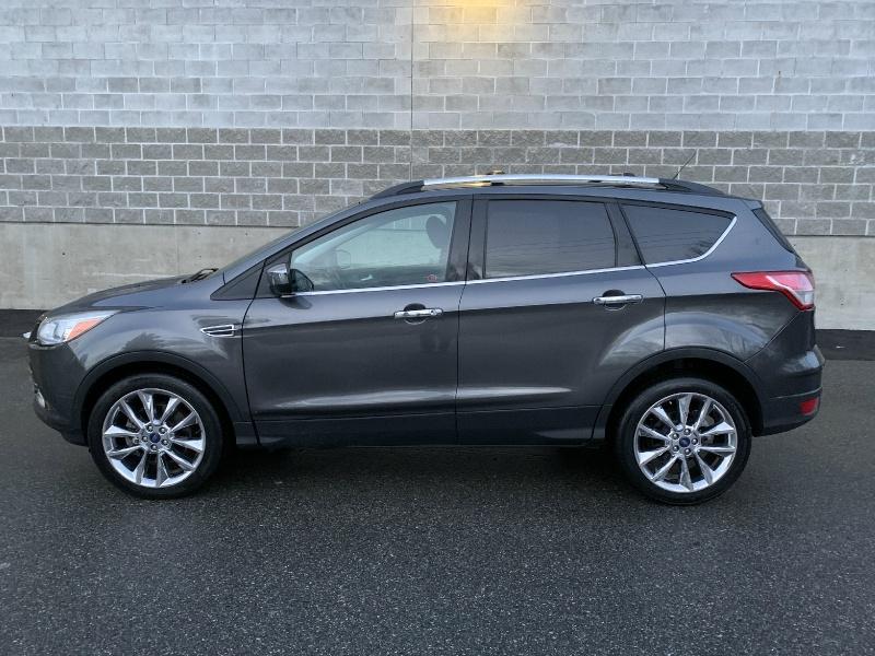 Ford Escape 2015 price $11,000