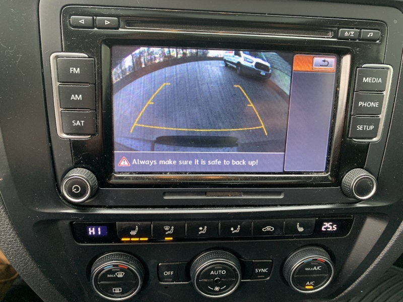 Volkswagen Jetta Sedan 2015 price $8,700