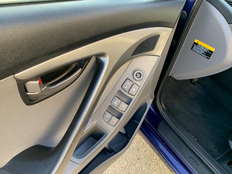 Hyundai Elantra 2013 price $6,480