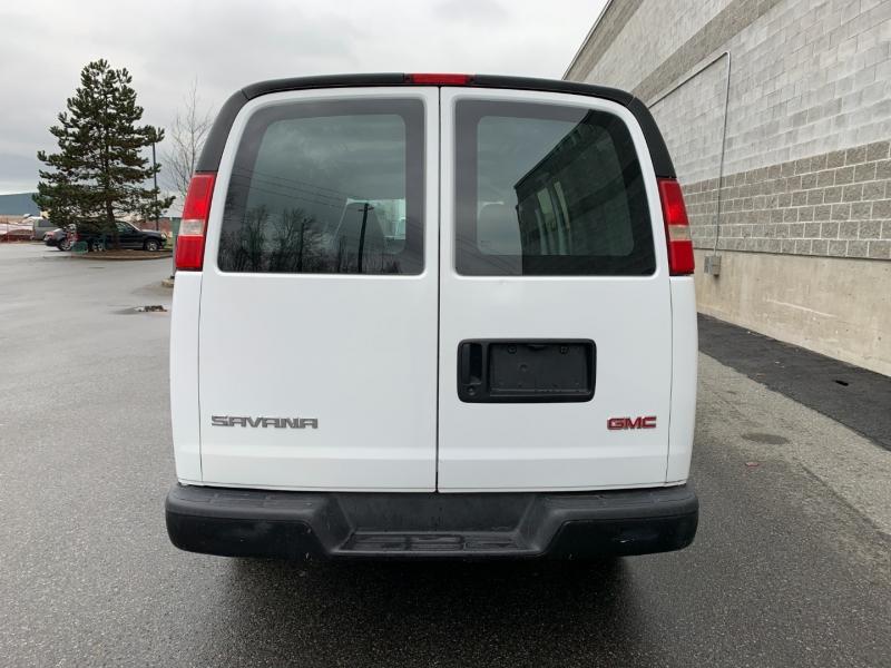 GMC Savana Cargo Van 2006 price $10,980