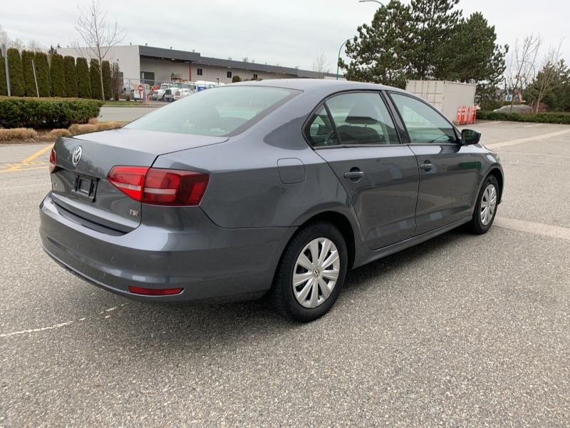 Volkswagen Jetta 2017 price $10,500
