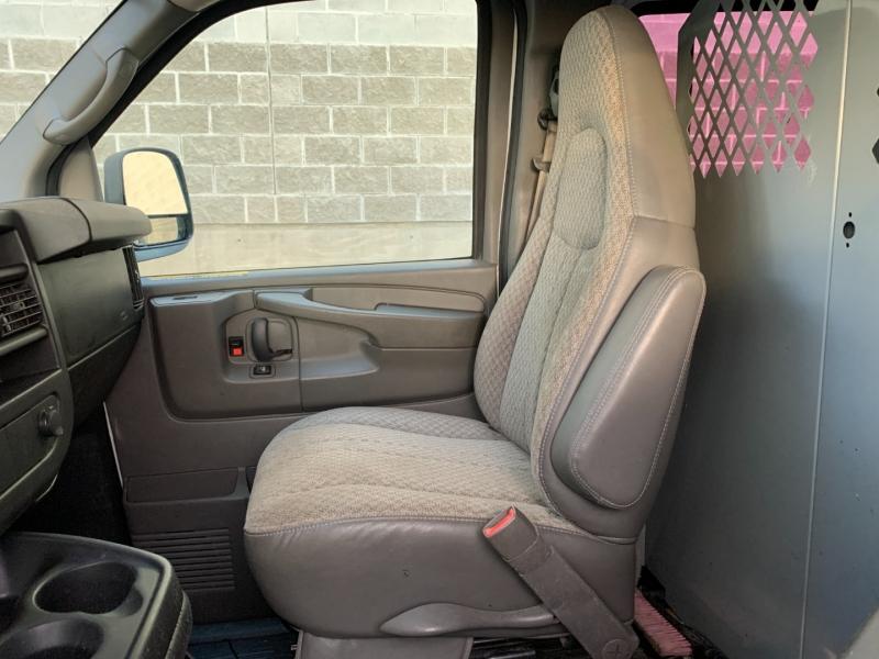 GMC Savana Cargo Van 2009 price $10,980