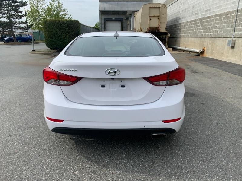 Hyundai Elantra 2016 price $9,500