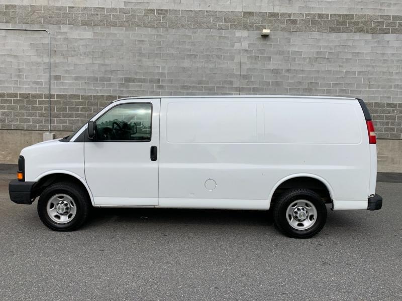 Chevrolet Express Cargo Van 2007 price $10,980