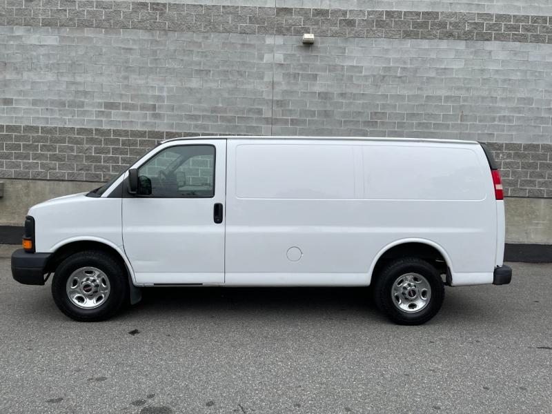 GMC Savana Cargo Van 2013 price $15,980